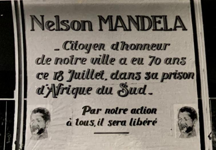Affichage sur l'Hôtel de Ville - Nelson Mandela